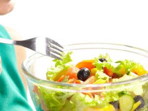 トップアスリートは、筋力アップやストレッチなど体のケア以外に食事に非常に気を使う方が多い