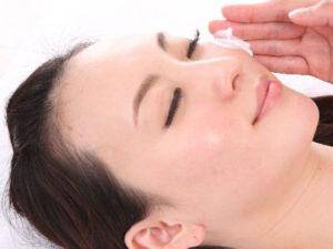 ビタミンCは、メラニン色素の生成を防いだり、皮膚、粘膜を強く健康的に維持する効果を持っています
