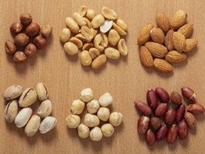 栄養価も高く、体の老化防止にも効果があり、何といっても糖質制限にもぴったりなナッツはお酒との相性も良い
