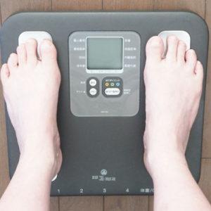 食べないダイエットを続けると太りやすくなる可能性もあります
