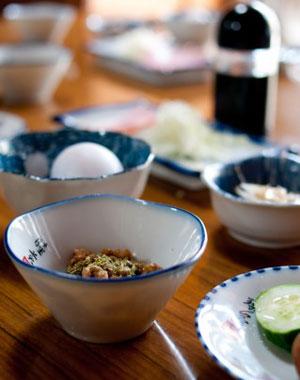 免疫力を高める食事や食べ物を摂取するためには、日本伝統の玄米菜食中心の食生活にそのヒントがあります