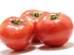 トマトが赤い理由はリコピンという色素が原因です