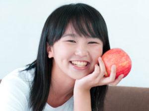 噛む力が昔に比べて格段に弱くなっていることも顎関節症増加の要因です