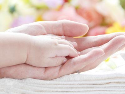 オキシトシンは妊娠や出産の分野では有名なホルモンです