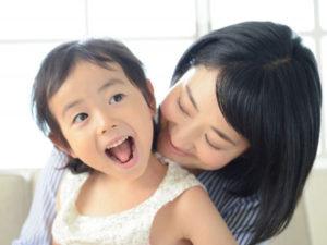 出産後の免疫力を高めるひとつとして笑うことがあげられます