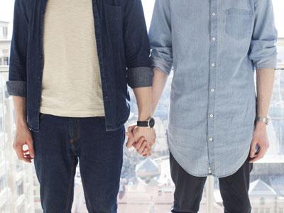 HIVは男性同士の同性間での性行為による感染が最も多い