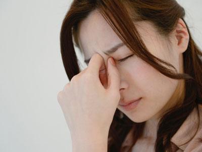 疲れがとれないのは深い眠りが出来ておらず、成長ホルモンが上手く分泌できていないせいかもしれません